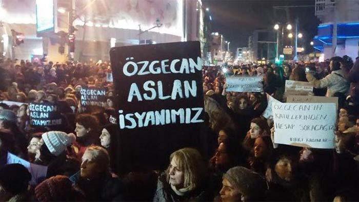 Özgecan Aslan' ın Peşinden Türkiye Ayaklandı galerisi resim 1