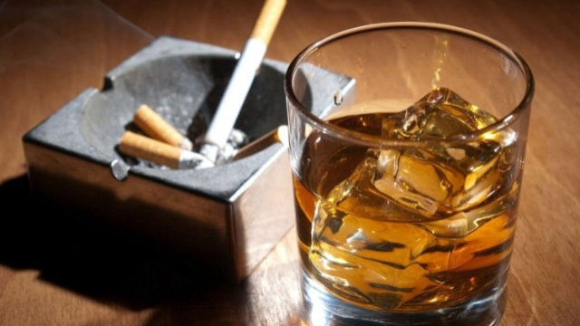 İçki ve sigaraya yine zam gelecek!