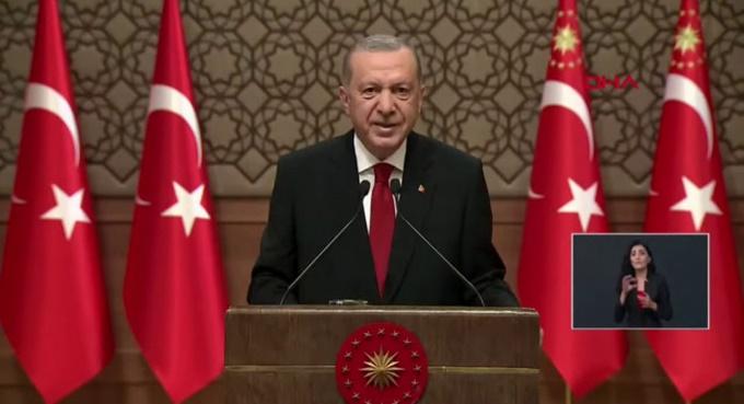 Erdoğan açıkladı: Yasaklar geri döndü!