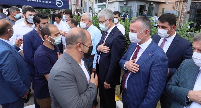 AK Parti'de geniş katılımlı bayramlaşma