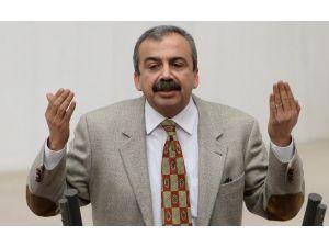 Sırrı Süreyya Önder'in İddiası Meclis'i Karıştırdı