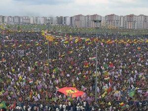 Vatandaşlar Nevruz'a Akın Ediyor