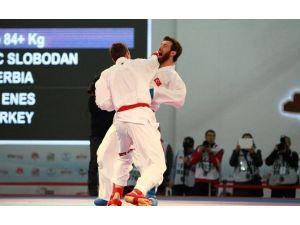 Karatecilerden 3 Gümüş 1 Bronz