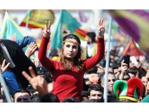 İstanbul'da Renkli Nevruz