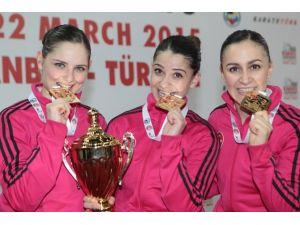 Milli Karateciler Son Günde Altını Kaptı
