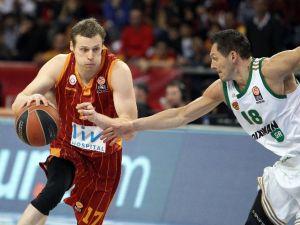 Galatasaray Panathınaıkos'a Mağlup Oldu