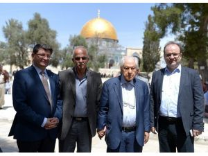 Nuri Pakdil Kudüs'e Kavuştu