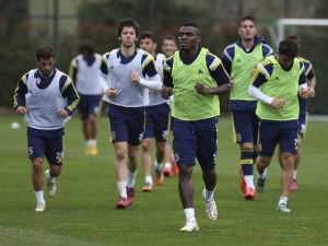 Fenerbahçe Hazırlıkları Sürdürüyor