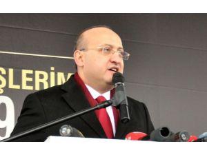 Akdoğan: Paralel Yapı Tam Bir Baş Belası