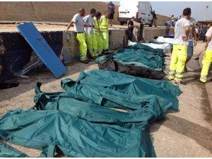Rusya'da Tekne Faciası: 54 Ölü, 15 Kayıp