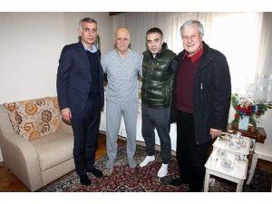 Efsan Hocaya 'Geçmiş Olsun' Ziyareti