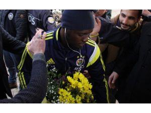 Rize'de Çiçeklerle Karşılandılar