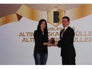 İha Ankara Temsilcisi Batuhan Yaşar'a Ödül