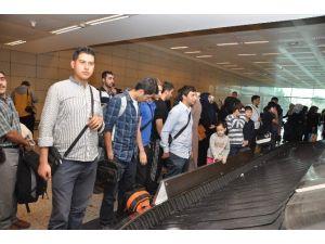 Yemen'den İkinci Türk Kafilesi Geldi