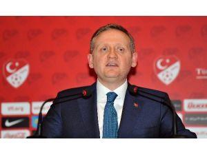 Kulüpler Birliği Başkanı F.bahçe'ye Rest Çekti