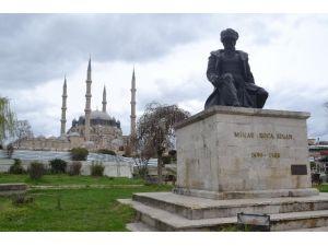 Selimiye Camii'ne Çorapsız Girilemeyecek