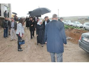 Kazada Ölen Öğrencilerin Ailelerine Taziye Ziyareti