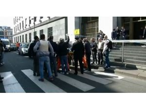 İtalya'da Adliye Baskını: 2 Ölü