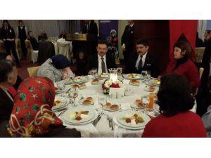 İstanbul Emniyeti'nden Şehit Ve Gazi Ailelerine Yemek