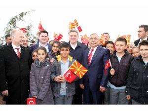 Makedonya Cumhurbaşkanı Açtı