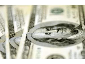 Dolar Yine Fırladı