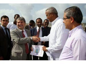 Somali'den Bile Destek Geldi