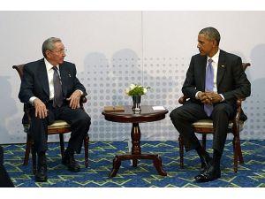 Castro İle Görüşme, Sayfa Çevirmeme Yardımcı Olacaktır
