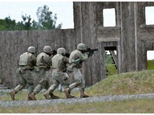Askeri Kışlaya Baskın: 33 Ölü