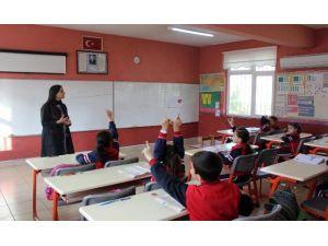 5. Sınıflara 'Yoğun' Dil Eğitimi Geliyor