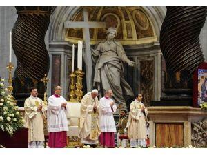 Vatikan'dan Tepkilere Yanıt Geldi