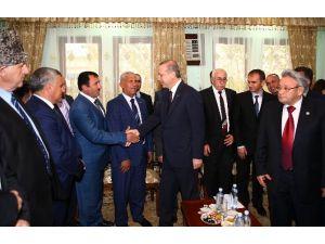 Cumhurbaşkanı Erdoğan Ahıska Türkleriyle Buluştu