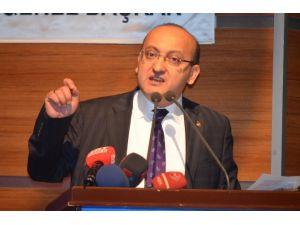 Akdoğan'dan Papa'ya: Sen Tarih Kurumu Musun?