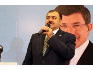 Kılıçdaroğlu'nun İzmir'den Aday Olmasını Değerlendirdi