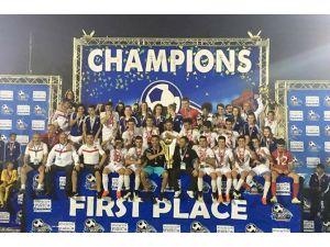Trabzonlu Gençler Dünya Şampiyonu