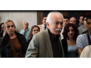 Metin Feyzioğlu'na Kızan Yaşlı Adam Programı Terk Etti
