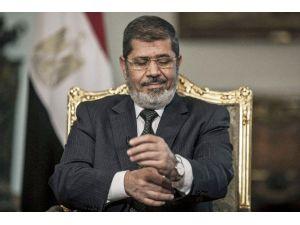 Devrik Lider Mursi'ye 20 Yıl Hapis Cezası