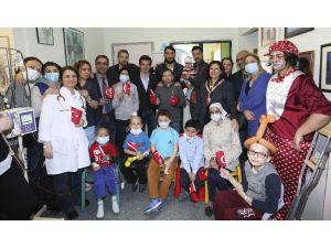 Fenerbahçeli Yıldızlardan Anlamlı Ziyaret