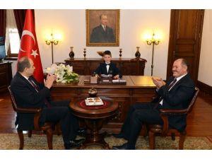Ankara'nın Yeni Valisi Koltuğuna Oturdu