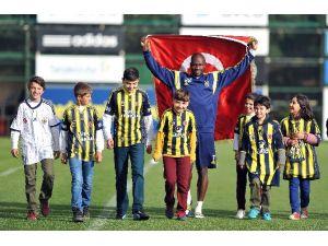 Fenerbahçe'li Yıldız Takımdan Ayrılıyor Mu ?