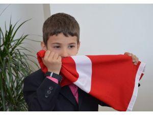 Bayrağına Sahip Çıkan O Çocuk Konuştu