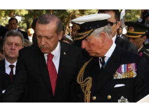Erdoğan Ve Prens Charles Şehit Mezarlarına Karanfil Bıraktı