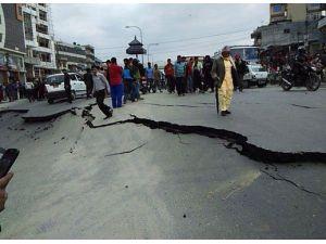 Nepal'de Korkutan Rakam: 600 Ölü