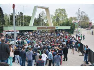 Bursa'da Fenerbahçe İzdihamı