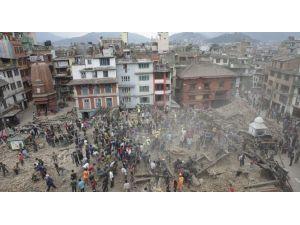 Nepal Depremzedesi Türkler Ülkelerine Dönüyor