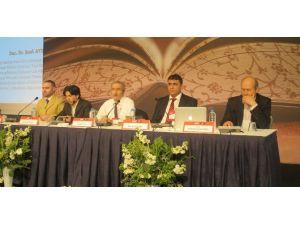 Uluslararası İslami Türk Edebiyatı Sempozyumu Sona Erdi