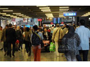 Atatürk Havalimanı Rekor Kırdı