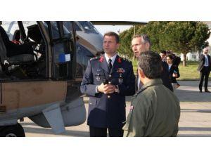 Nato Genel Sekreteri'nden Hava Kuvvetleri'ne Ziyaret