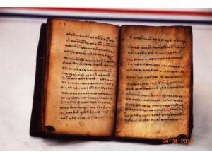 2 Bin Yıllık Ve El Yazması