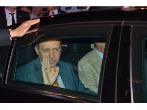Erdoğan, Yurda Döndü