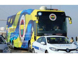 Fenerbahçe Otobüsüne Saldırı Haberi Yalanlandı
